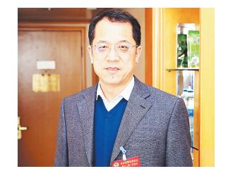 范宗升:希望尽快解决新区集中供暖问题